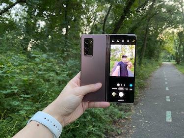 Galaxy Z Fold 2 selfie camera mode