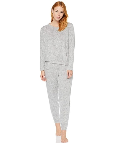 Iris & Lilly Women's Super Soft Loungewear Sweater and Jogger Set