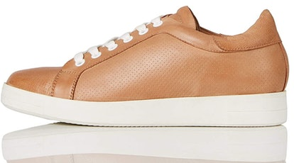 find. Simple Leather Sneakers