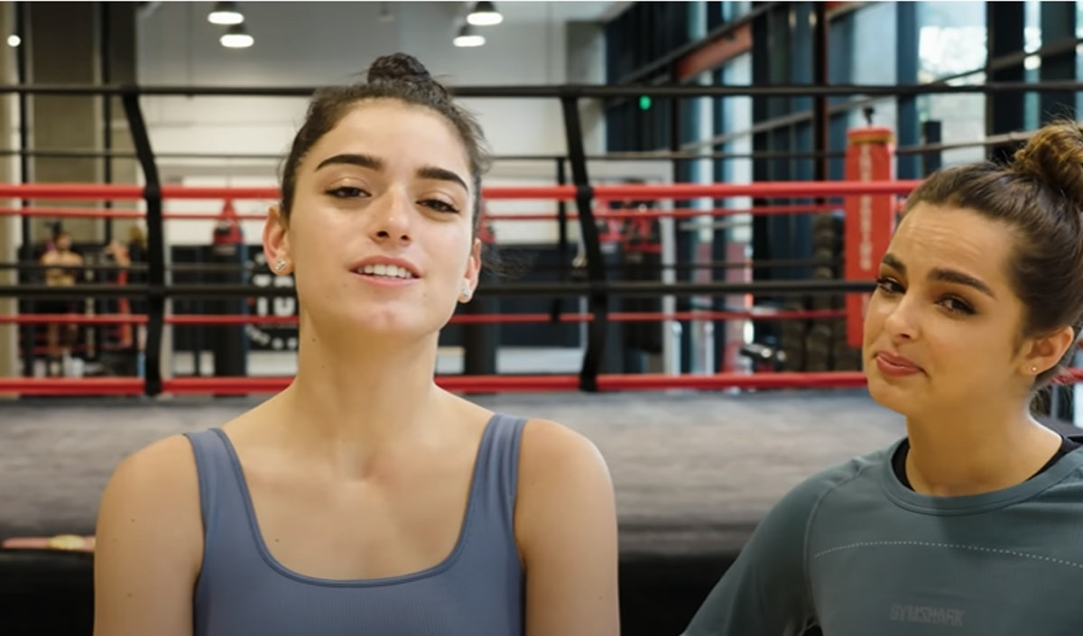 This Video Of Dixie D'Amelio & Addison Rae Easterling Boxing Got Unexpectedly Shady
