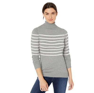 Amazon Essentials Turtle Neck Sweater