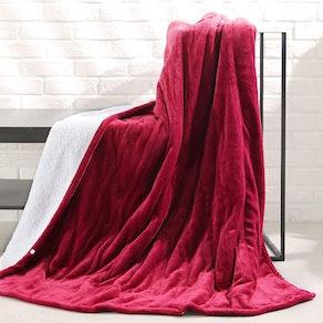 MaxKare Heated Throw Blanket