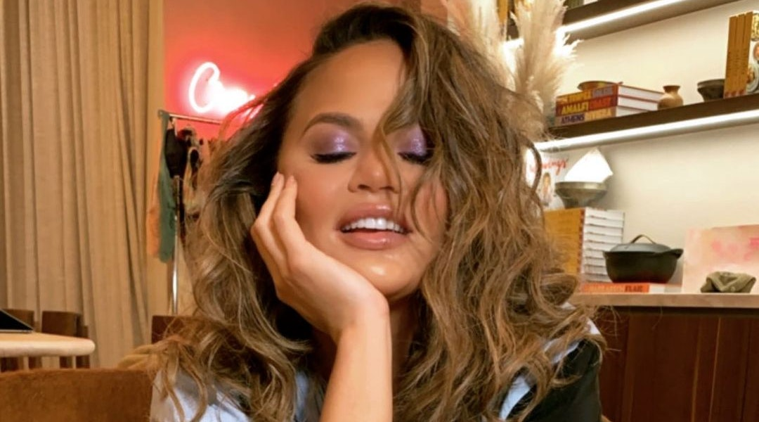 Chrissy Teigen's Purple Hair Is One Of The Best January Transformations Yet