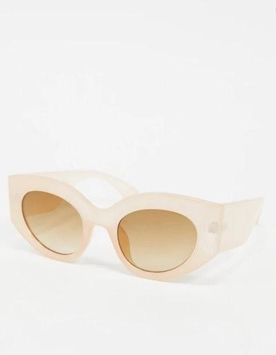 AJ Morgan Retro Oval Sunglasses