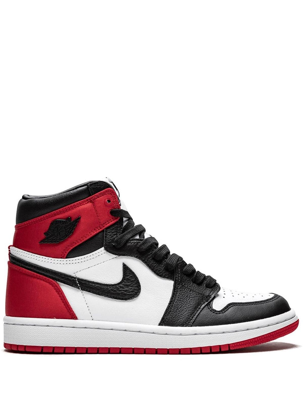 Air Jordan 1 High OG sneakers