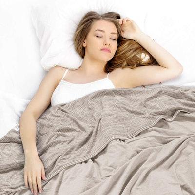 ELGEAR Cooling Throw Blanket