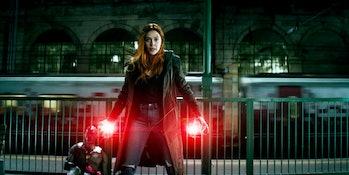 Wanda Protecting Vision in Avengers: Infinity War