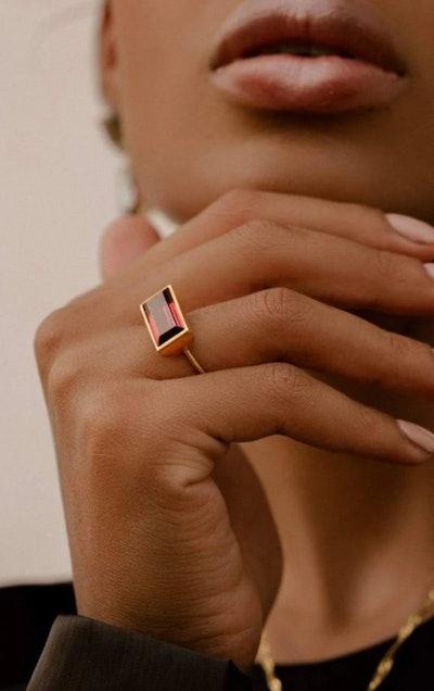 Gloria Ring in Matte Gold