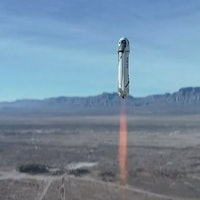 Blue Origin steps toward human spaceflight with stunning launch video