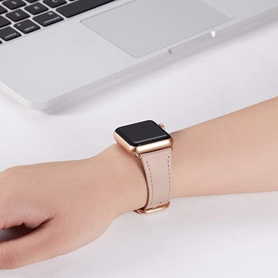 WFEAGL Leather Apple Watch Compatible Band