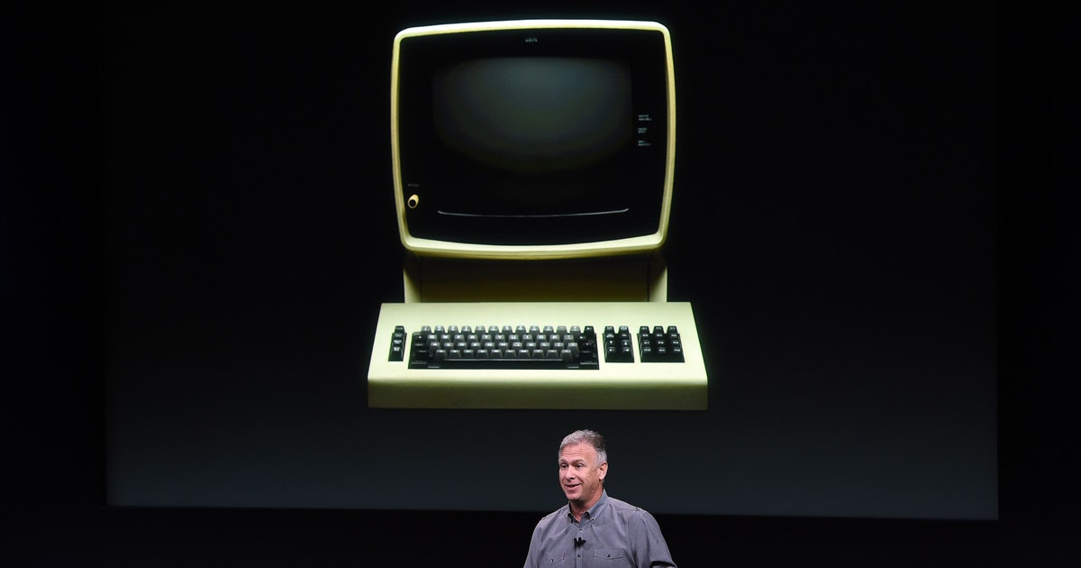 Apple's MacBook revival plan is stupid smart: Bring back old features