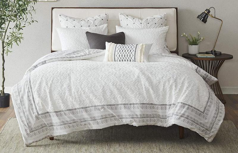 Best Lightweight Comforters