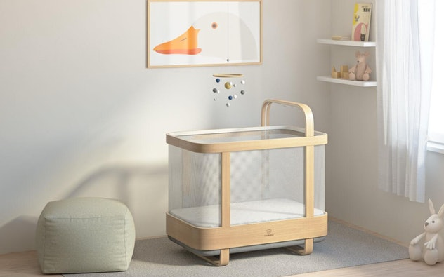 The Cradlewise Smart Crib is one exciting product for families from CES 2021.