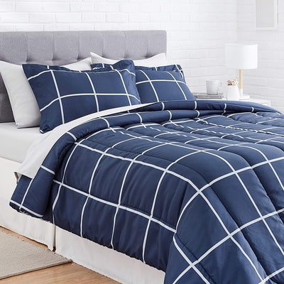 Amazon Basics Bed In A Bag, Full/Queen (7 Pieces)