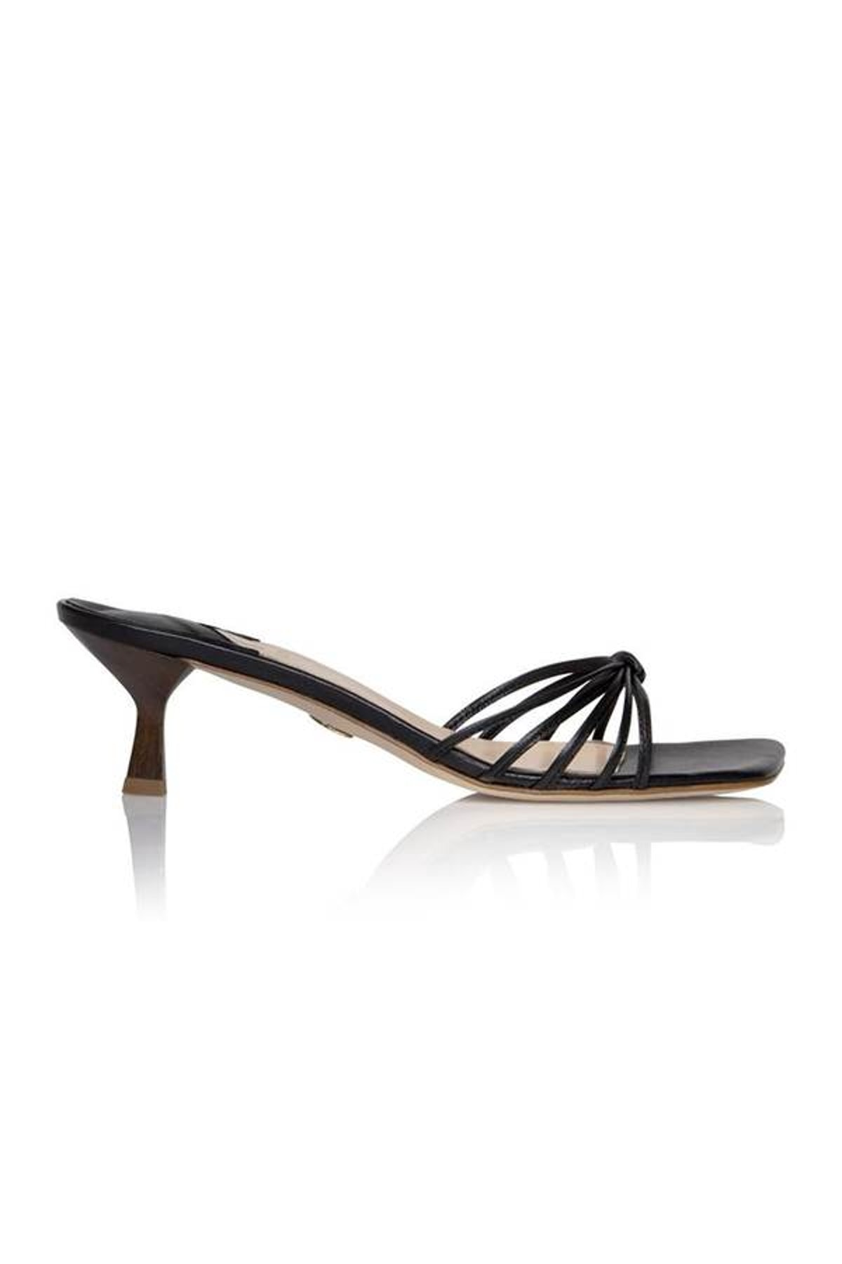 Luci Sandal in Midnight