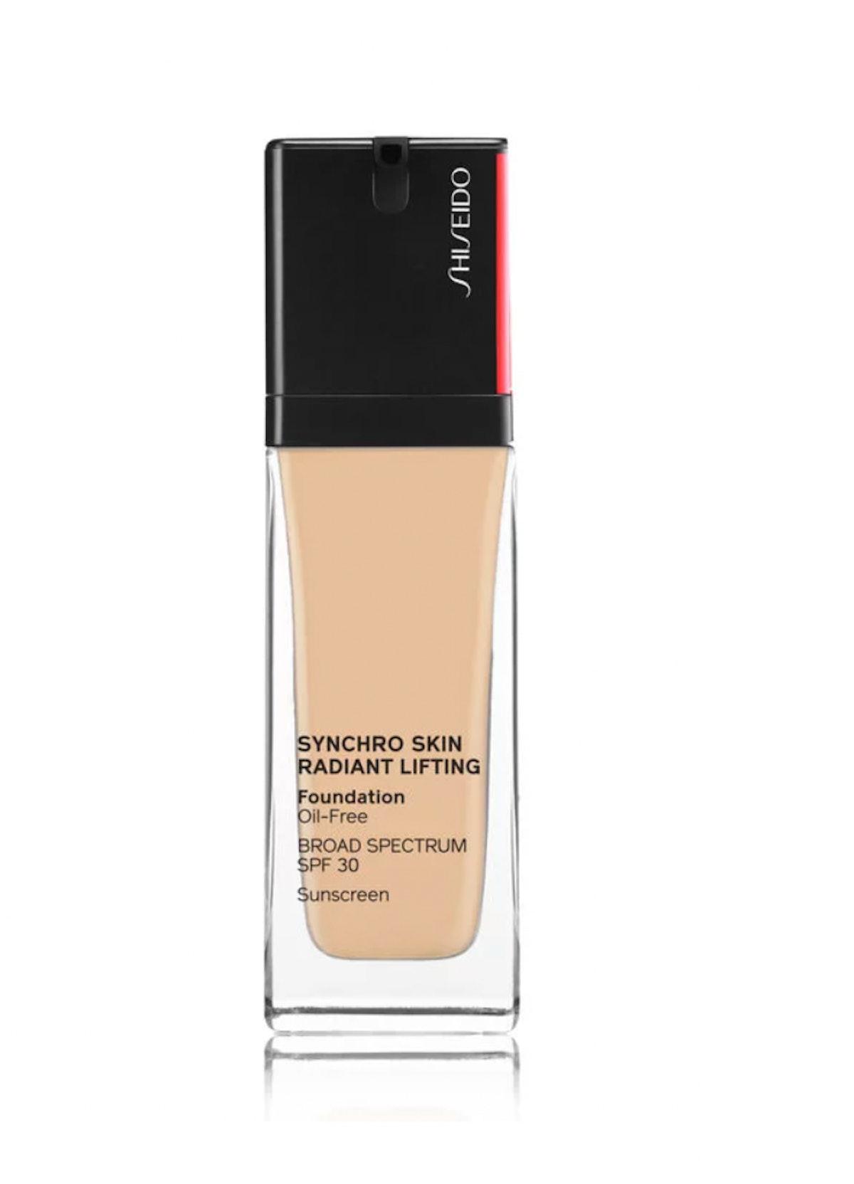 Synchro Skin Radiant Lifting Foundation