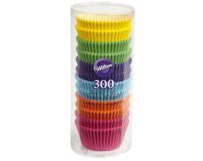 Wilton Rainbow Standard Cupcake Liners (300 Count)