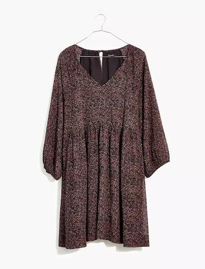 Crinkle Georgette V-Neck Babydoll Dress in Brushed Texture