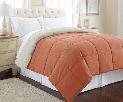 Amrapur Overseas Down Alternative Microfiber Quilted Reversible Comforter