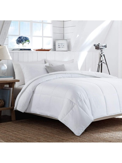 HOMBYS Lightweight Cooling Bamboo Comforter