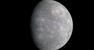 color differences on Mercury's surface that cannot be seen in black-and-white (single-color) images