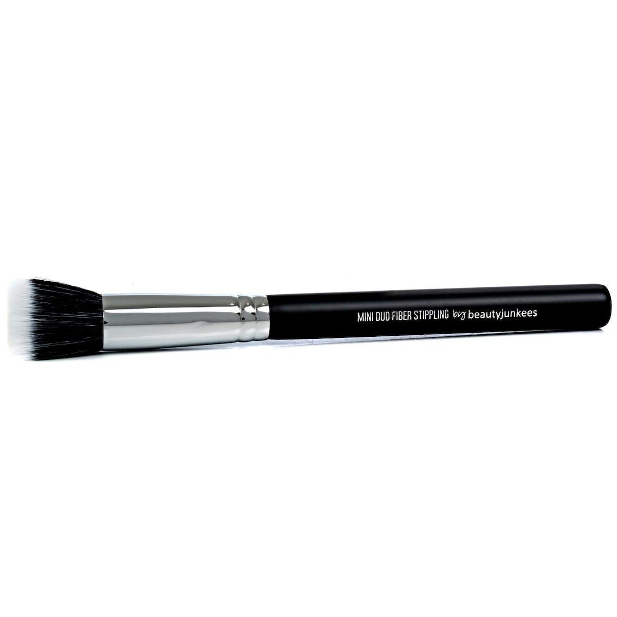 Beauty Junkees Small Stippling Makeup Brush