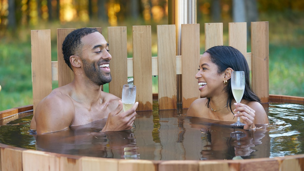 Matt James and Bri from 'The Bachelor' enjoy champagne in a hot tub on a date.