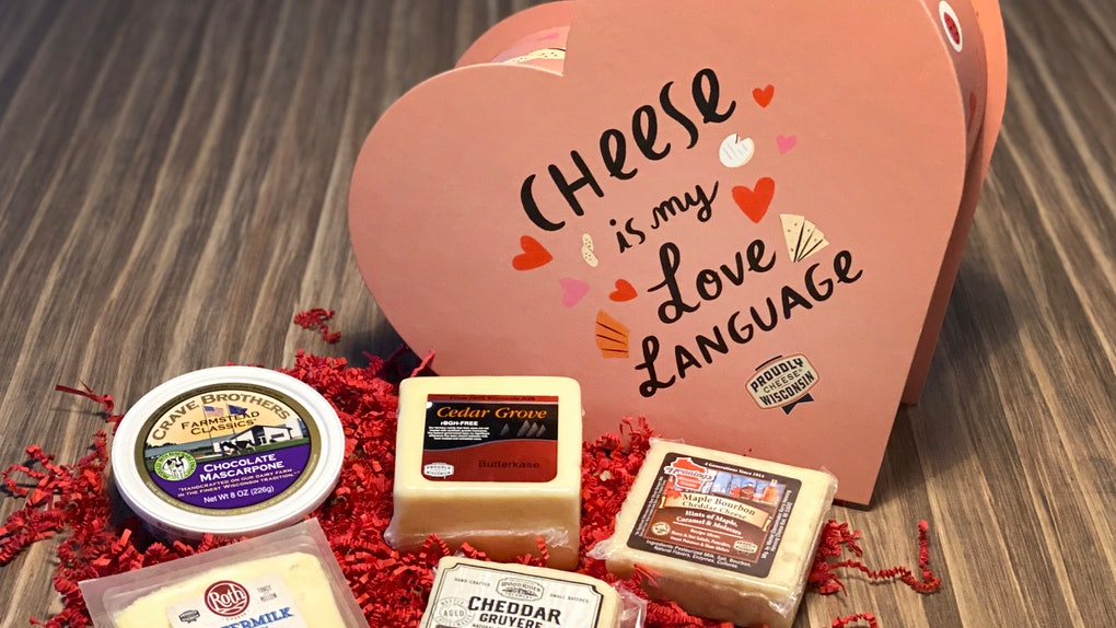 This heart-shaped Wisconsin cheese box giveaway for Valentine's Day is amazing.