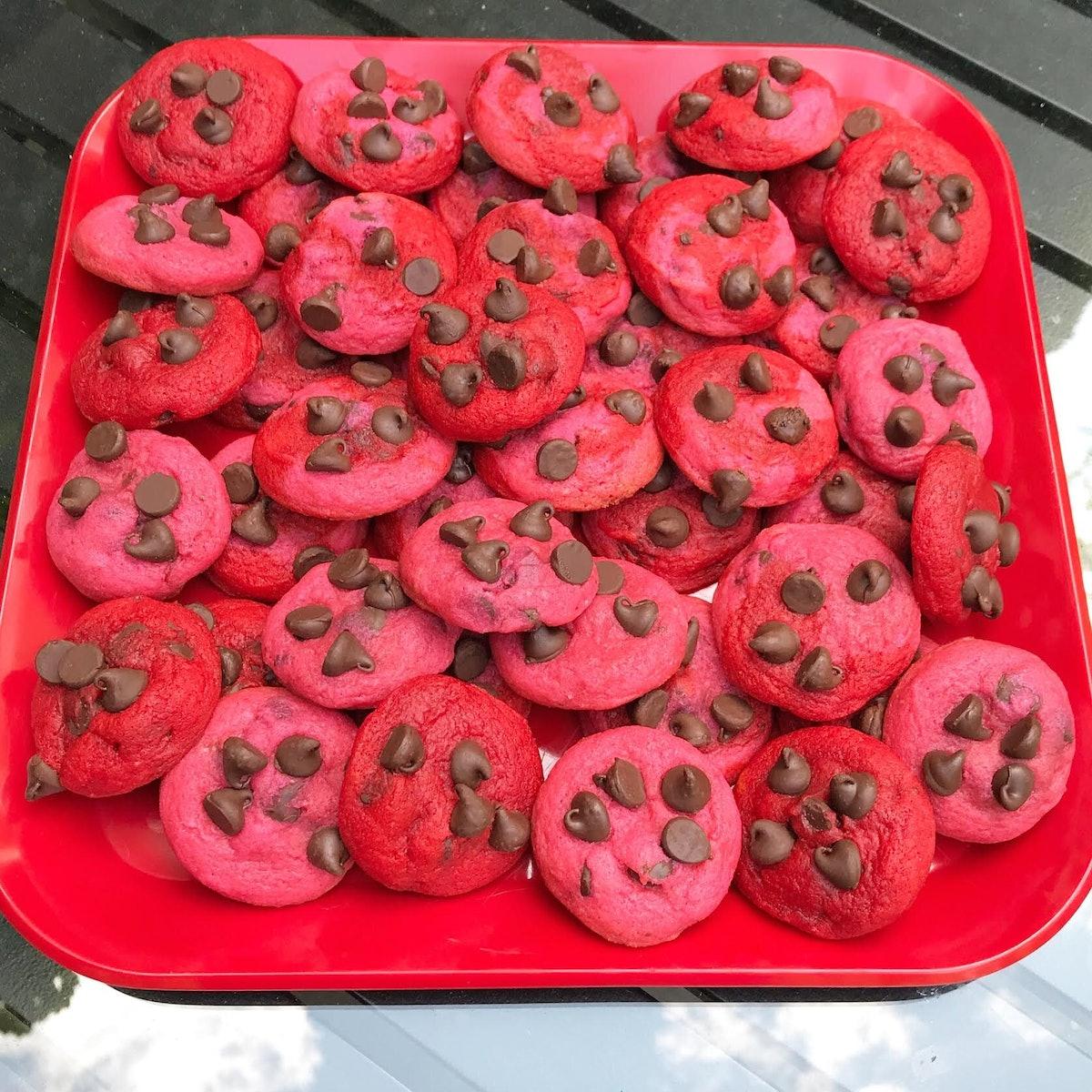 Valentine's Day Cookie Tin