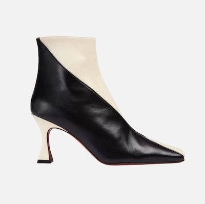 XX Duck Boots Vanilla and Black