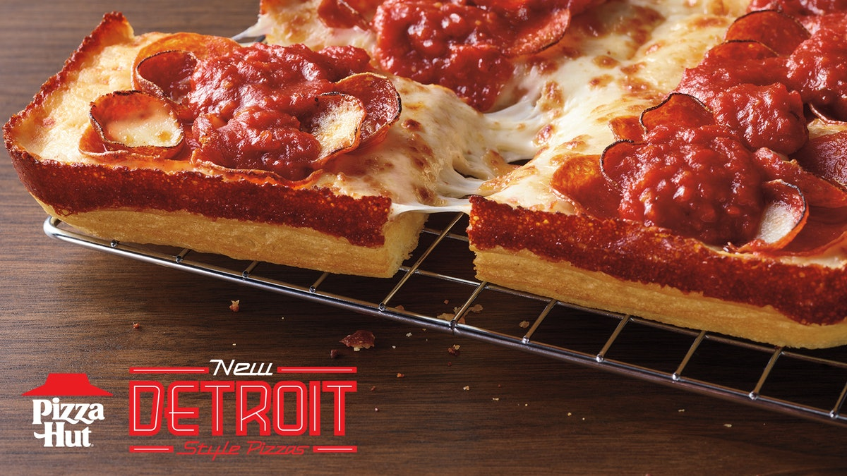 Here's what's in Pizza Hut's Detroit Style Pizza.
