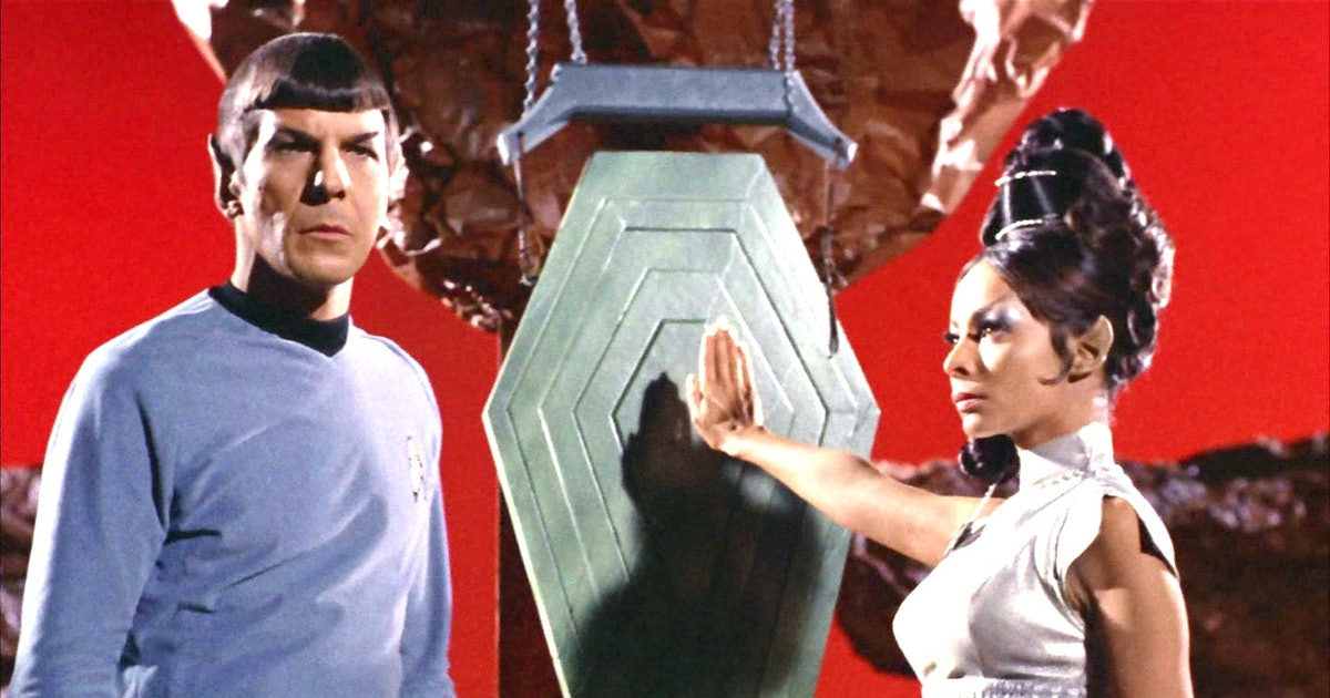 'Star Trek: Strange New Worlds' can fix a Spock plothole from the original series