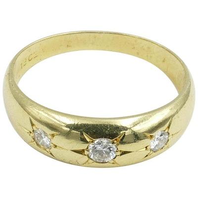 Antique 18K Yellow Gold High Quality 3 Diamond Ring