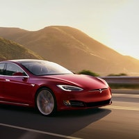 Musk Reads: Photos may show Tesla Model S refresh