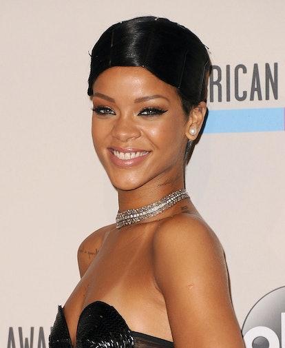 Rihanna at the AMAs in 2013.