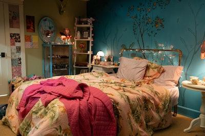 Lara Jean Covey's Bedroom Background