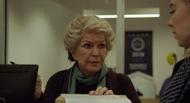 Elizabeth, played by Ellen Burstyn