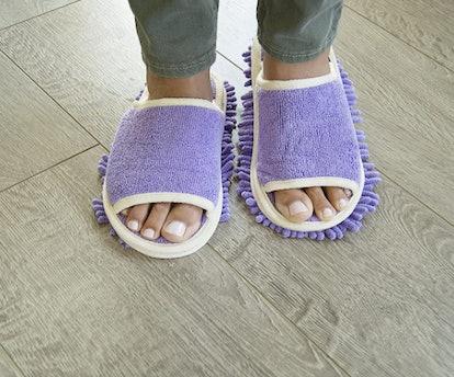 Slipper Genie Microfiber Dusting Slippers