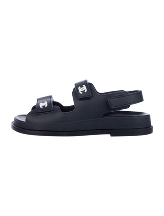 Interlocking CC Logo Sandals
