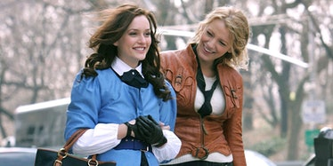 Leighton Meester and Blake Lively in Gossip Girl.