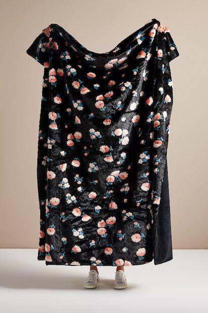 Flora Faux Fur Throw Blanket