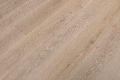 Sauvignon Oak Meritage Hardwood Flooring