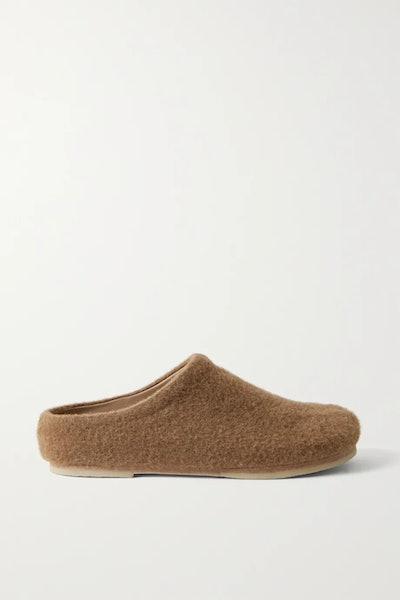 Mono Slippers