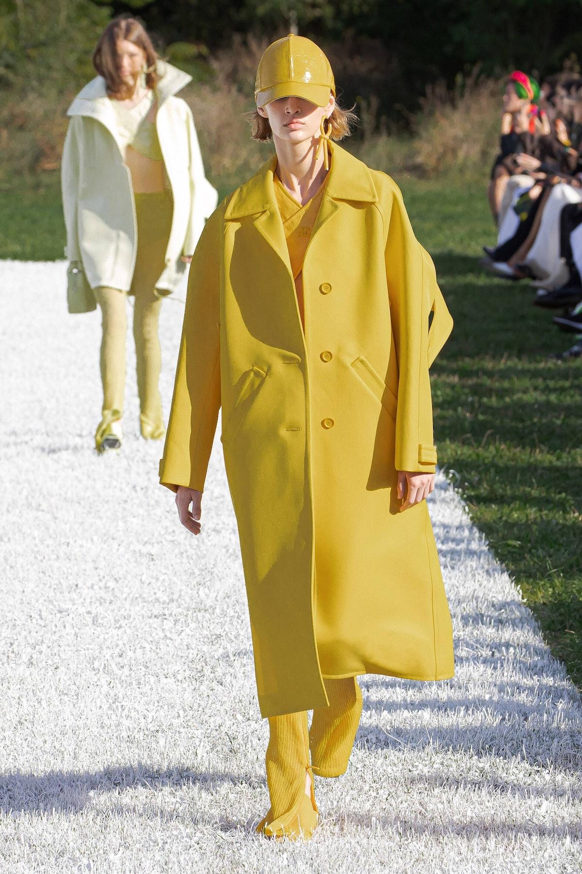 model in yellow Courreges look