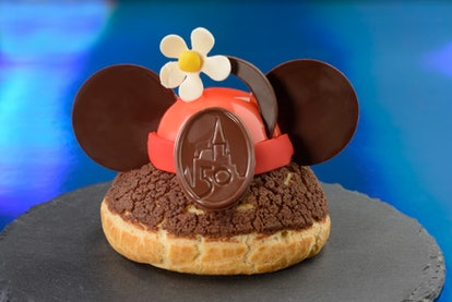 Disney World's 50th anniversary's most Instagram-worthy food and drink include nods to Minnie Mouse.