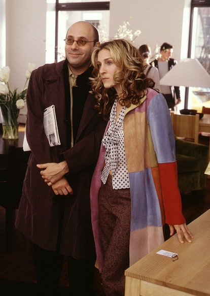 Carrie Bradshaw outfit: suede coat