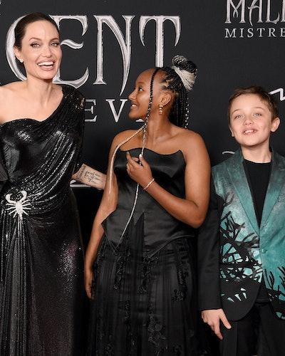 (L-R) Shiloh Nouvel Jolie-Pitt, Vivienne Marcheline Jolie-Pitt, Angelina Jolie, Zahara Marley Jolie-...