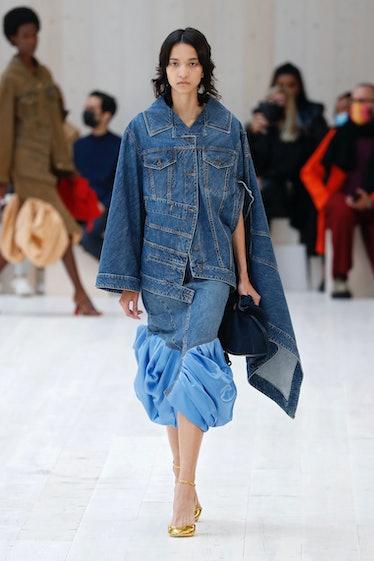 Model walks in Loewe spring 2022 Show at Paris Fashion Week