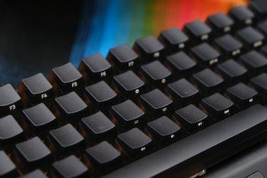 Razer BlackWidow V3 Mini HyperSpeed Phantom Edition review: black keycaps