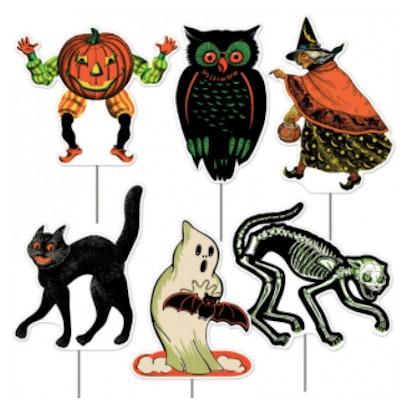 Plastic Halloween yard decorations
